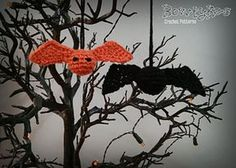 Baby Bat Ornaments by Briana Olsen ~ free pattern