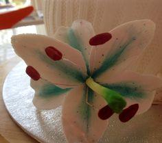 Fondant flower lily/ lilje