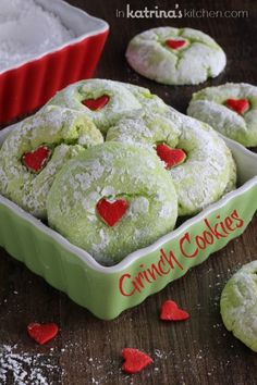 Grinch cookies for a holiday cookie exchange party! Grinch cookies for a holiday cookie exchange party! Grinch Christmas, Christmas Sweets, Christmas Cooking, Christmas Goodies, Christmas Time, Christmas Parties, Best Christmas, Christmas Class Treats, Christmas Cupcakes