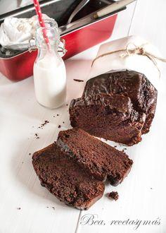 Bizcocho de chocolate sin huevo ni lactosa