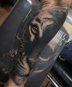 tiger tattoo on sleeve
