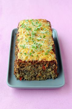 Cheesy Veggie Loaf / Dis-Chem - Pharmacists who care Veggie Loaf, Pharmacists, Meatloaf, Lasagna, Veggies, Healthy Eating, Healthy Recipes, Dishes, Ethnic Recipes