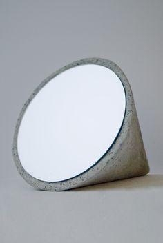 Beautiful minimal mirror