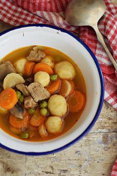 Rupáner-konyha Pot Roast, Dinner Recipes, Ethnic Recipes, Cook, Drink, Carne Asada, Roast Beef, Beverage, Supper Recipes