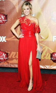 Carrie Underwood at the 2010 American Country Awards in a red Edition by Georges Chakra dress.