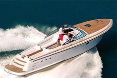 Pure elegance, Italian style, Comitti Boats. Yachtside, member of Be In Yachts, exclusive dealer in France and Monaco