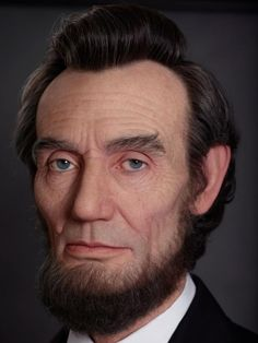 Japanese artist Kazuhiro Tsuji creates incredibly realistic sculptures of iconic characters like Abraham Lincoln and Andy Warhol. Abraham Lincoln Costume, Lincoln Movie, Dreamworks Studios, Forensic Facial Reconstruction, Reagan Library, Famous People In History, Hyperrealistic Art, 3d Portrait, Portraits