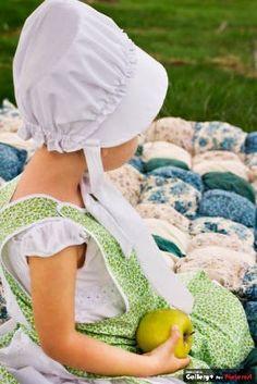 Precious little Amish girl ...