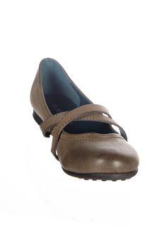 Venda Huran Shoes / 8360 / Mulher / Sabrinas / Sabrinas Castanho. De 30€ por 9€.
