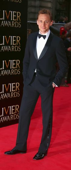 Tom Hiddleston arrives at The Laurence Olivier Awards 2013 at The Royal Opera House on April 28, 2013 in London. Thanks: http://torrilla.tumblr.com/post/49109108837/tom-hiddleston-arrives-at-the-laurence-olivier