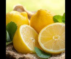 Le citron    Le citron assainit l'atmosphère. Plus vous en diffuserez, plus l'air de votre maison sera purifié.