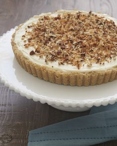 Coconut, pecans, and cream cheese are an irresistible tasty trio in this almost-no-bake Italian Cream Tart! - Bake or Break Kinds Of Desserts, No Bake Desserts, Just Desserts, Delicious Desserts, Delicious Dishes, Summer Desserts, Tart Recipes, Best Dessert Recipes, Sweet Recipes