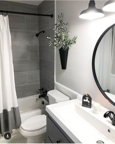 Amazing DIY Bathroom Ideas, Bathroom Decor, Bathroom Remodel and Bathroom Projects to assist inspire your master bathroom dreams and goals. Apartment Bathroom Design, Small Bathroom Interior, Bathroom Design Small, Diy Bathroom Decor, Bathroom Inspo, Bathroom Organization, Simple Bathroom, Basement Bathroom Ideas, Small Bathroom Ideas