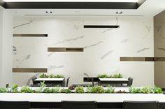 Infinitas posibilidades del porcelánico de gran formato XLIGHT de URBATEK en la XXIV Muestra Internacional de #Arquitectura Global & #Diseño Interior de #PORCELANOSA Grupo. - #PorcelanosaExhibition #Design #Interiorism #Architecture #Interiorismo #Tiles #porcelain #porcelánico #Crafts #Ceramic #Floor #Wall #Decor #Contact #Marble #White