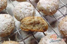 Ořechové sušenky i jako vánoční cukroví | NejRecept.cz Gluten Free Christmas Cookies, Salty Snacks, Christmas Time, Cookie Recipes, Oreo, Biscuits, Muffin, Nutella, Sweets