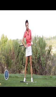 Aimee's Golf Lesson 009: Importance of the Left Leg | Golf Lessons | Chipping In Golf | Golf Digest Tips | Open Club Face When Chipping. With this selection of CHIPPING INSTRUCTION VIDEOS you will get a concept how to ... Chipping instruction videos for a difficult shot in golf #golftips #golfcourses #Golf Golf Swing Speed, Golf Trainers, Golf Score, Golf Videos, Club Face, Best Golf Courses, Golf Tips For Beginners, Perfect Golf, Golf Player