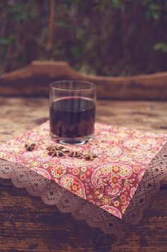 mise en place | table setting | vin brulè e cannella | Mulled Wine http://theproposalwedding.blogspot.it/ #autumn #autunno #fall #wedding #matrimonio #cannella #vino #wine