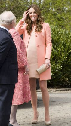 Kate Middleton pregnant. So beautiful.