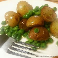 Chives & Tarragon Sweet Peas & Potatoes   A wonderful combination of red and yellow potatoes. They complement each other well with smooth thin skins and fluffy textures and mixed with sweet peas is a perfect side dish to enjoy.