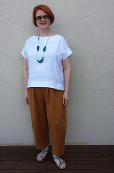 Style Arc Ethel top and pants in Merchant and Mills linen from Stitch 56 Comfortable Outfits, Stylish Outfits, Stylish Clothes, Merchant And Mills, Patterned Jeans, Fashion Beauty, Womens Fashion, Pants Pattern, Slow Fashion