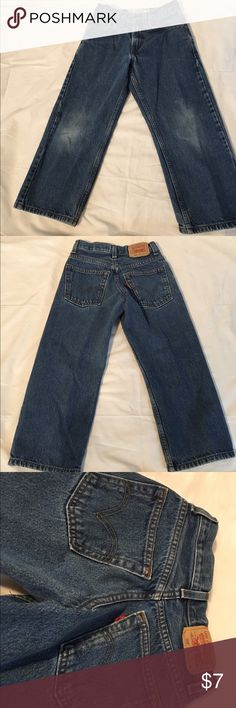 Levi's 569 Loose Straight Boys Jeans Sz 8 24x22 Levi's 569 Loose Straight Jeans Sz Reg. 24/22 - Excellent Condition Pair of Boys Jeans!!   Bid with confidence that you are getting a quality item for a pre-owned price ! We wash all of our clothing before sending them out!  - We ship QUICK; same or next business day! Levi's Bottoms Jeans