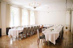 Banquet Table set up at the reception of the Finnish-Ukrainian-wedding at Ekberg in Helsinki #FinnishWedding