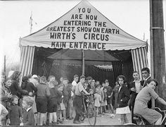 Wirths' Circus, 1941. Sam Hood. From the collection of the State Library of New South Wales