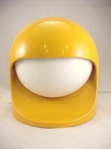 """Vintage 1970s Lightolier Catalog No. 8960 Series Mid Century Modern Eames Era Eclipse Space Helmet Table Lamp in bright mustard Yellow color. 7"""" tall.Working with original dimmer light switch!Opening shades to both sides. Bids start at $99.95"""