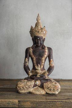 STATUE Buddha Sitting Leg Crossed Hands in Lap 32x24x56cm