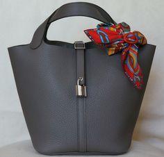 Hermes Picotin Lock bag 22 cm (MM) , Taurillon Clemence in Etain