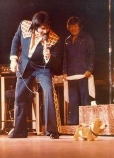 March 30, 1975: Elvis performed a midnight show at the Las Vegas Hilton Hotel.