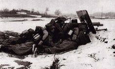 Romanian red hussars on the firing line, WW1