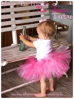 Learn how to make this super easy tutu in 20 minutes!  Includes sizing chart. Must Pin!  DIY No Sew Tutu for Little Girls