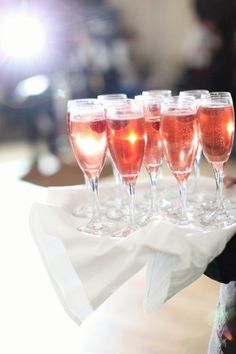 start the day with a smile & end it with champagne   #Champagne Rosé