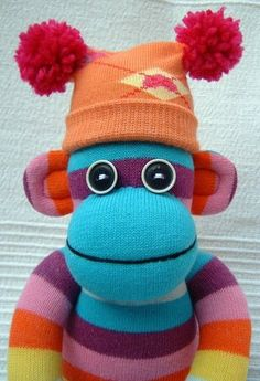 sock monkey!! OMG, I want to make one. Might ended up making several and maybe sell them!!