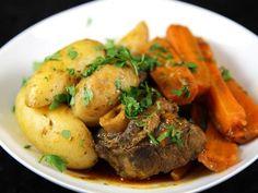 agneau, pomme de terre, farine, bouquet garni, double concentré de tomate, oignon, huile d'olive, ail, navet, Légumes, épice à couscous, persil, carotte, gros sel
