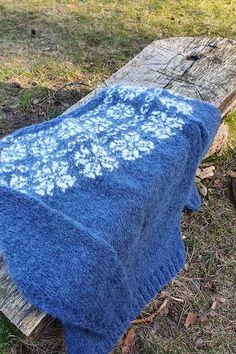 BØKKO Soft blå - STRIKKEPAKKER Picnic Blanket, Outdoor Blanket, Threading, Picnic Quilt