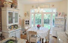 Shabby cottage kitchen