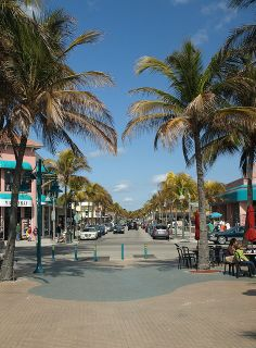 Ft. Myers Beach town square