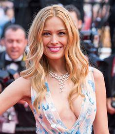 La coiffure de Petra Nemcova au festival de Cannes 2015.