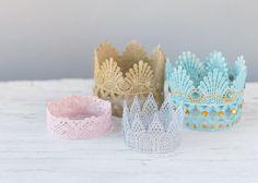 Pretty DIY Swirly Paper Flowers Guide