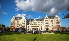 The Brehon Hotel Killarney soaking up some Autumn sunshine. Some wedding guests are out on the front lawn. Autumn Weddings, Fall Wedding, Our Wedding, Wedding Venues, Private Dining Room, Civil Ceremony, Industrial Wedding, Wedding Wishes, Lawn
