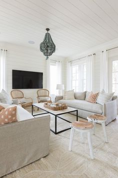 best ideas for house beach interior living room couch Style At Home, Beach Cottage Decor, Coastal Decor, Coastal Cottage, Coastal Style, Coastal Farmhouse, Modern Farmhouse, Coastal Interior, Cottage Ideas