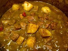 Lots of people would like to find out more about indian cooking for beginners. Well that is what our website is all about. So click through and see how we can help you. Indian Beef Recipes, Goan Recipes, Curry Recipes, Raw Food Recipes, Cooking Recipes, Food Tips, Drink Recipes, Curry Dishes, Pork Dishes