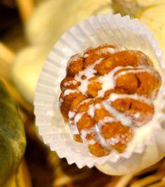 How to Make Pumpkin Muffins With Cream Cheese Glaze