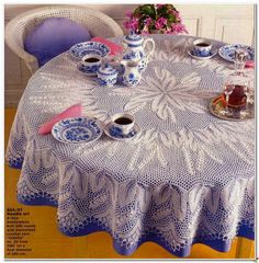 Knitting tablecloth