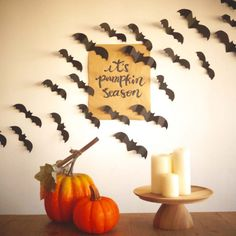 Halloween has modified a bit over time. From the time of reflection on the spirits of ancestors who've handed on to time being cautious to not go outs. Halloween Home Decor, Halloween House, Spooky Halloween, Halloween Crafts, Happy Halloween, Halloween Decorations, Halloween Party, Cube Decor, Four Seasons