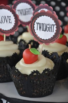 Twilight apple cupcakes