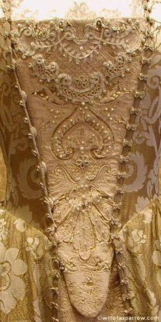 The Art of Clothes: Elizabeth Swann Costume Studies Part 4 - Gold Gown