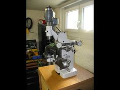 Aciera F1 universal milling machine / Universalfräsmaschine - YouTube